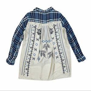 Jane and Delaney Embroidered Button Front Blouse